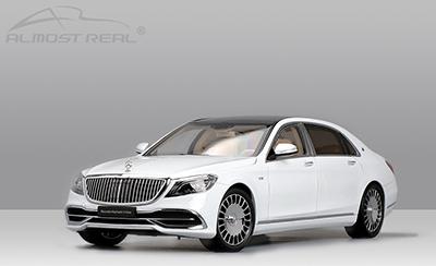 【820111】Mercedes-Benz メルセデスベンツ